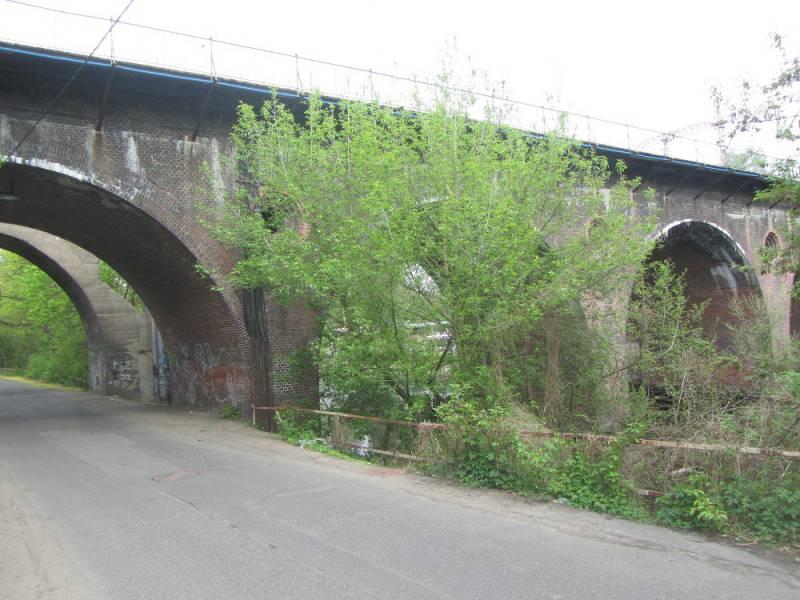 Mosty Kolejowe