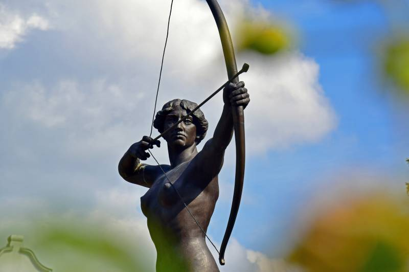 The Archer Lady Statue