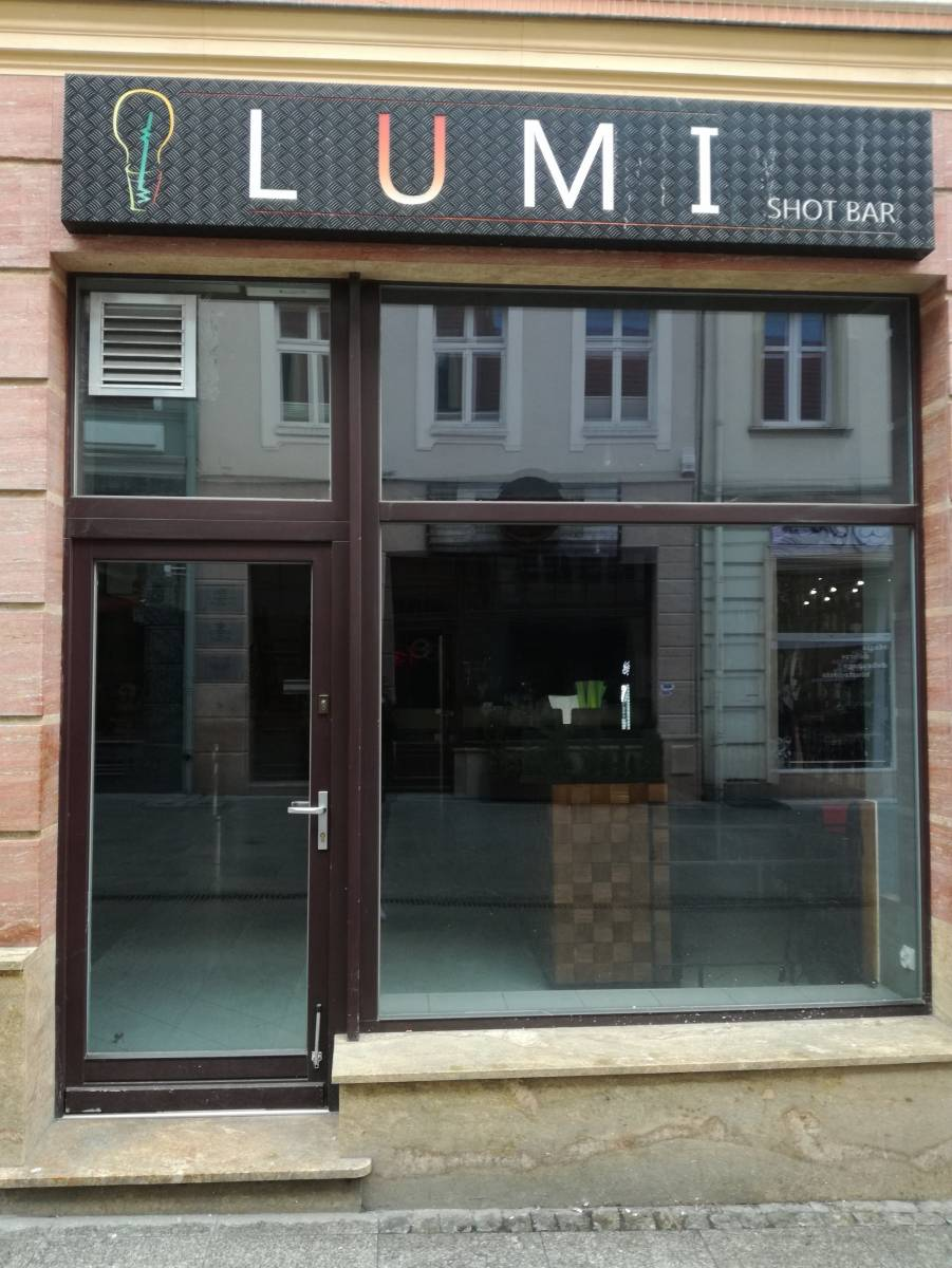 LUMI shot bar