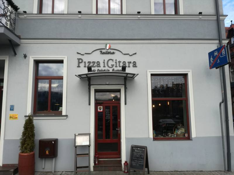 Pizza i Gitara - Stary Port