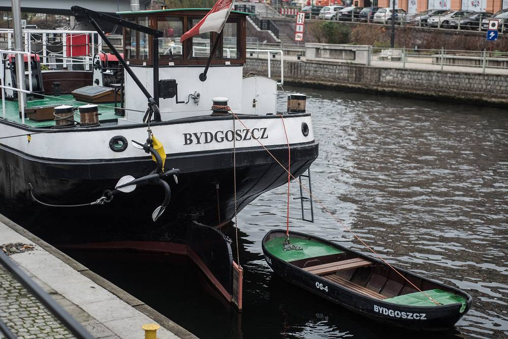 Lemara barge