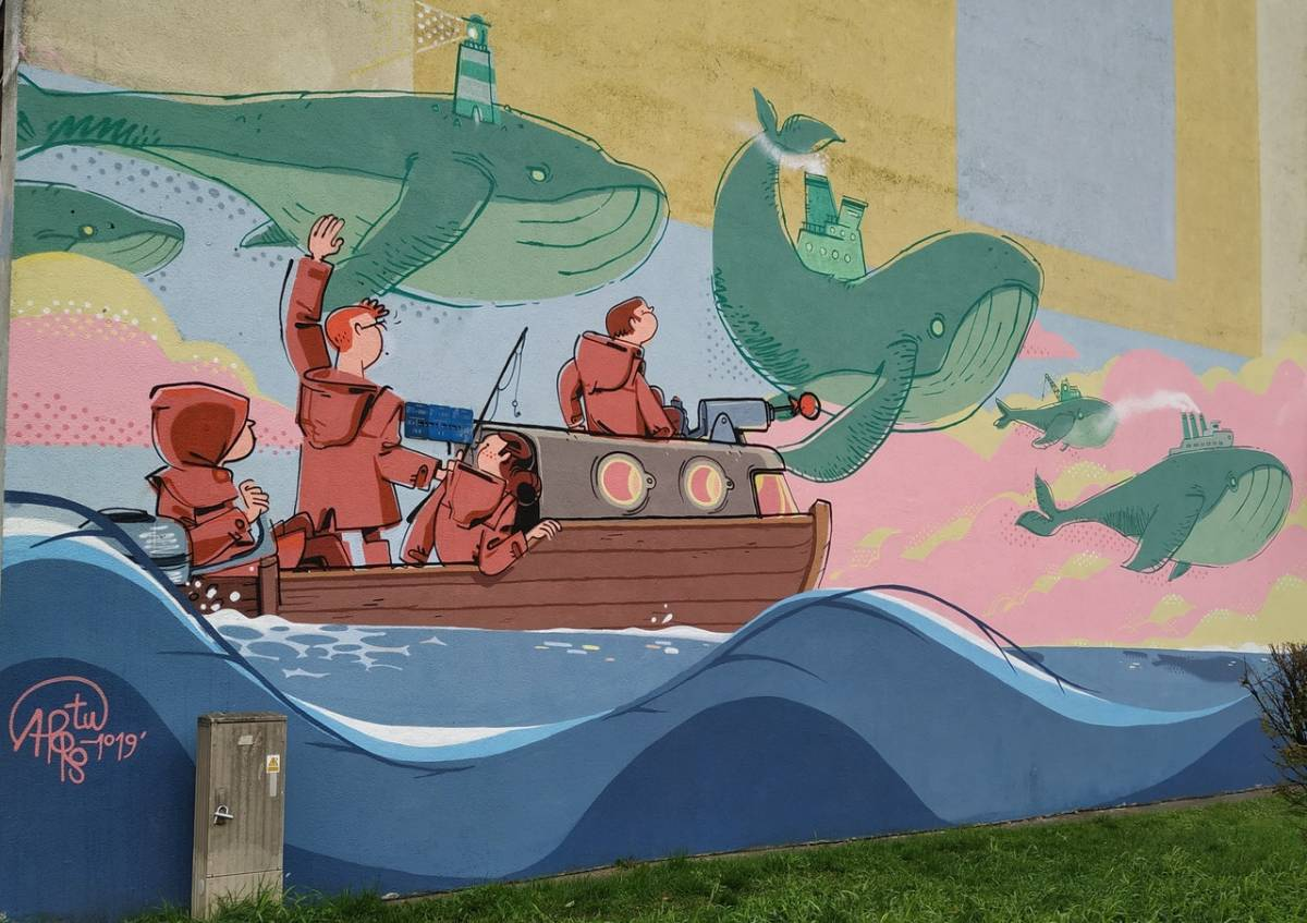 Mural on Wielorybia Street