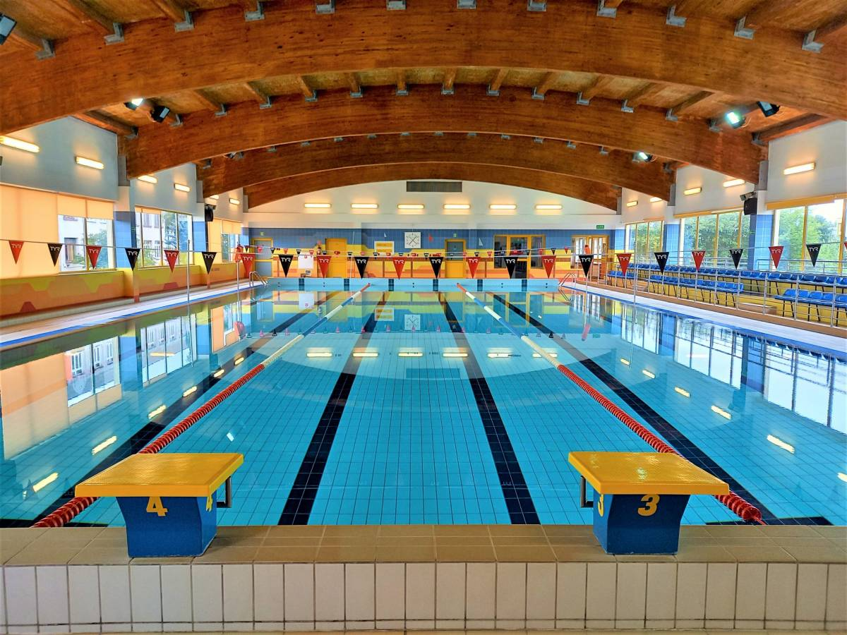 Laguna Swimming Pool
