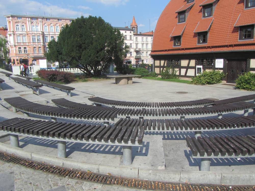 Amphitheater by the Granaries
