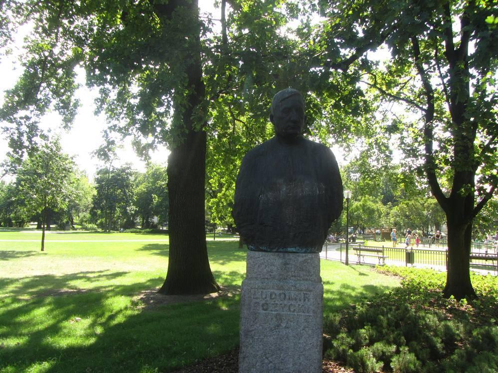 Pomnik Ludomira Różyckiego