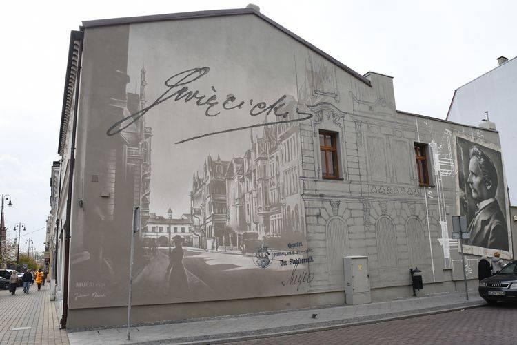 Mural Święcickiego