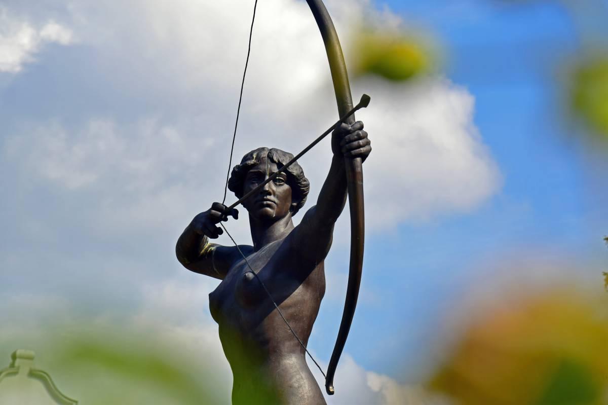 The Archer Lady Statue