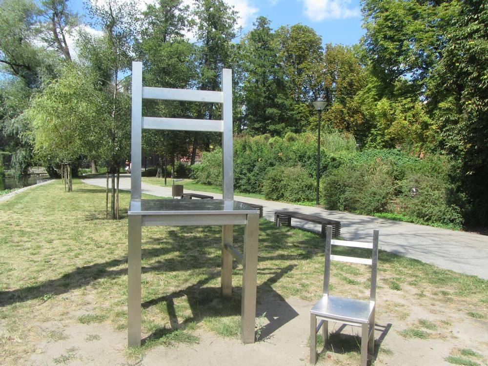 Wielkie Krzesła na Wyspie Młyńskiej