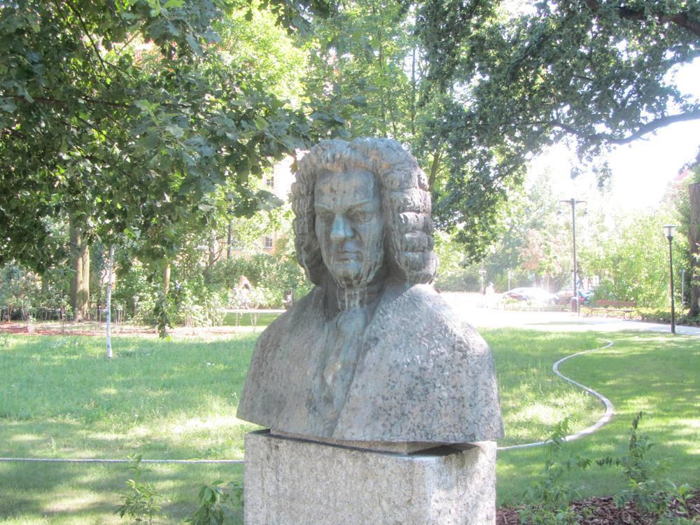 Pomnik Jana Sebastiana Bacha