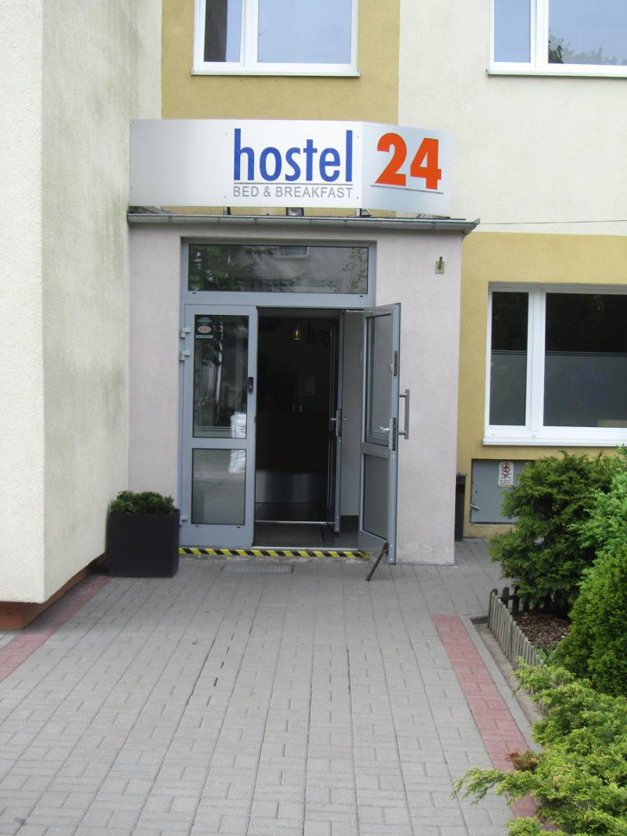 Hostel24