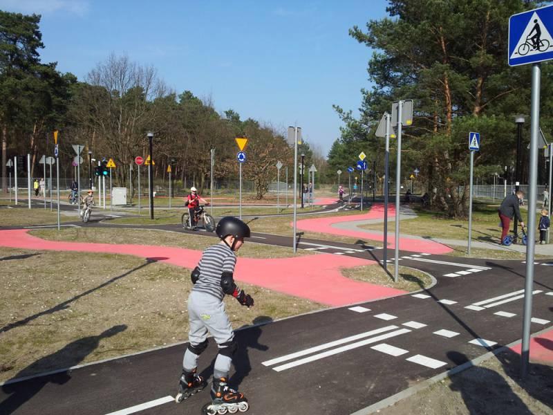 Traffic imitation park