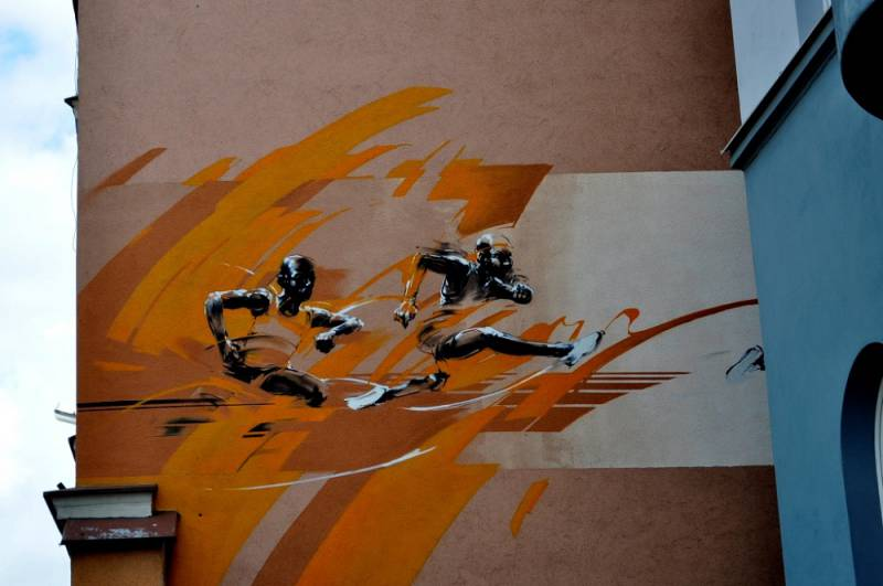"""""""Sportowcy"""" mural"""